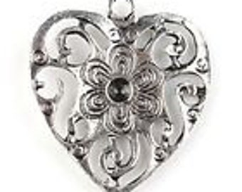 Antique Siver Heart Charms Pack Of 20