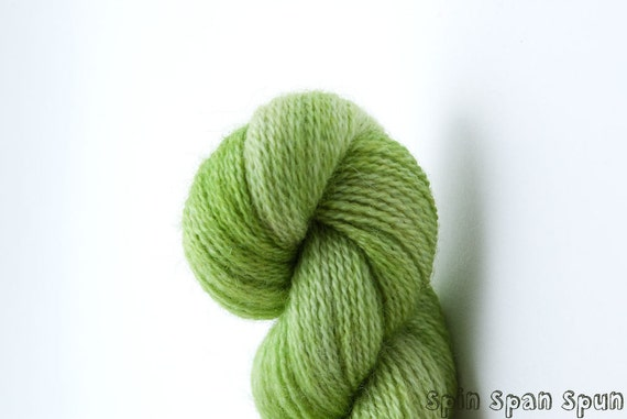 Addiction Green, Extra Fine Lace weight,  Fine wool & Cashmere, 220 yards