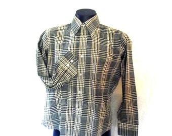 Mens Shirt / 70s Button Down Shirt / Deadstock Green Plaid / Crown Colony / Sz M - L 44 Chest