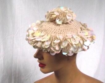 70s Knit Hat / Winter White 70s Paillette Hat / Boho SHINY Knit Crochet Hat / Sz S