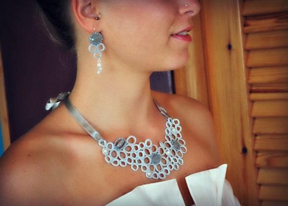 Люкс Свадебное ожерелье вязание крючком и согласование серьги.  Кружевной воротник.  Жемчуг.  Слоновая кость.  Легкие украшения.  Boho чешские готово к отправке