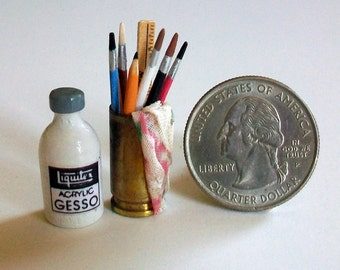 Miniature Gesso Jar and Can of Brushes   1:12