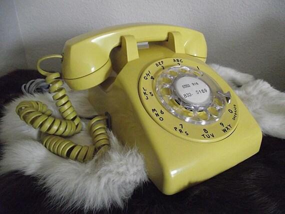 Sunny Yellow Vintage Rotary Phone
