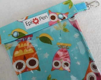 XL Epi Pen Carrier w/ Clear Pocket and Clip Holds 2 Allergy Pens / Antihistamine (6x8 Aqua Owls on a Whim Fabric)