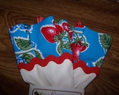 Domestic Diva Dish Gloves - White with Blue & Red Strawberry Oil Cloth (Latex Free)