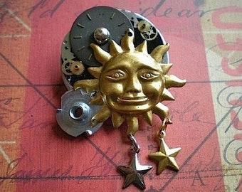 Daytime - mixed media brooch pin