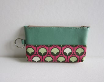 SALE - Key and Coin Pouch with Zipper in Pea Sprout Print - Ready to Ship