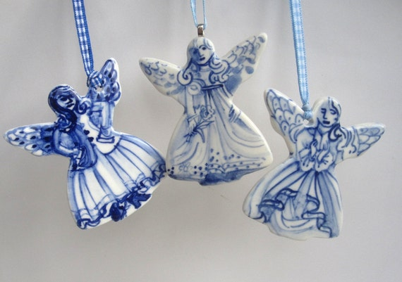 Dutch Angel - handpainted porcelain blue and white Delft ornament/wall hanging