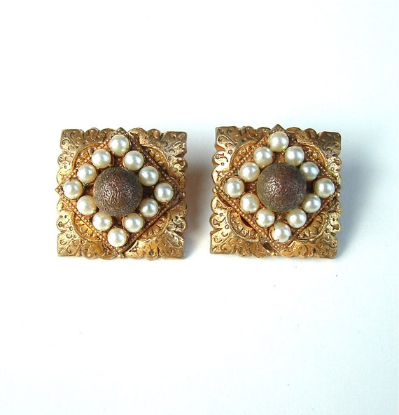 Collectible Miriam Haskell Clip On Earrings Designer Vintage Jewelry, FREE US SHIPPING