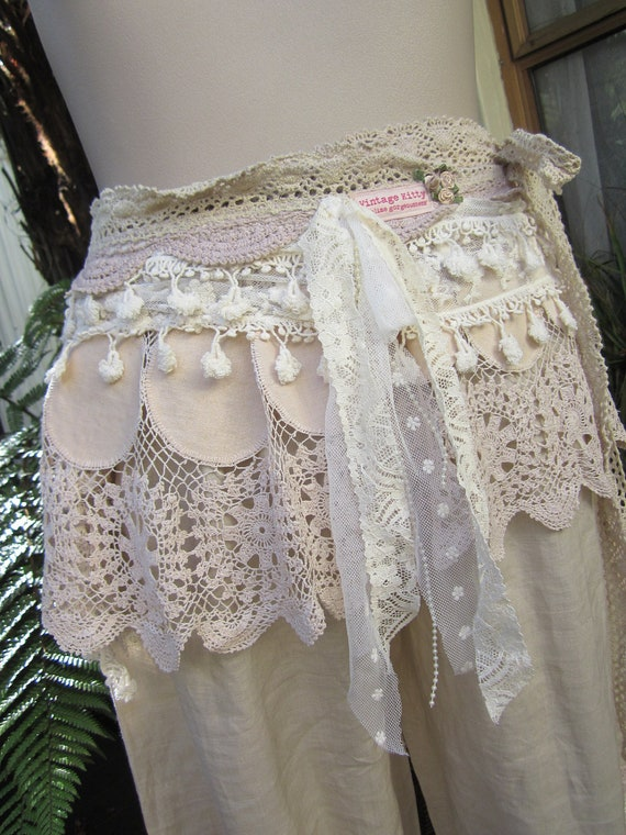 Vintage Kitty, wrap belt.. mini skirt, sash, vintage crochet, lace, roses.. ooak.. one size.. plus size.. gorgeous...