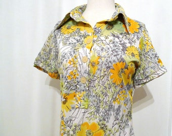 Sale Pop Art Flowers Top Mod Hippy Hippie Warhol- esque Vintage Vera Silky Top /  Floral Whimsy Tennis Shirt / Light Blouse on SAle