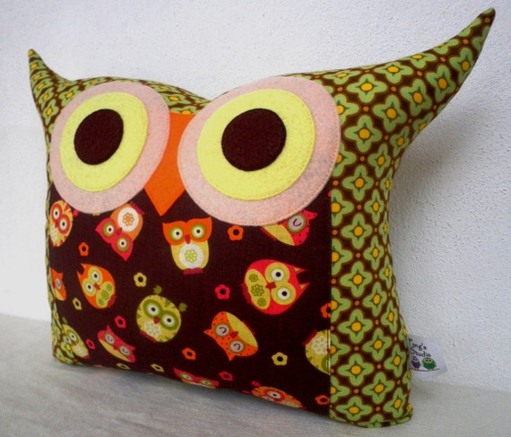 Gift under 20 super SALE/ brown Owl family owl pillow