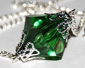 Smallville - XL Superman Inspired Lana Lang's Kryptonite Necklace 18mm - Green Acrylic