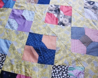 antique quilt top , 1920s patchwork, bow tie , unfinished quilt, best fabrics, unfinished patchwork, hand pieced
