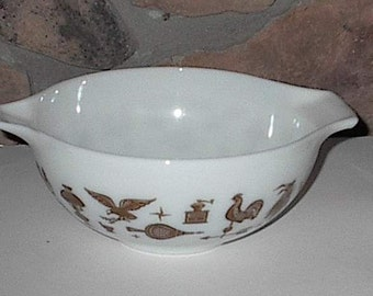 Pyrex Tabbed Handle Early American Bowl