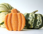 Pumpkin Scented Soap / Bathroom Decor / Primitive Home Decor - SoapForYourSoul