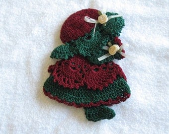 Maroon Green Christmas Sun Bonnet Doll Sunbonnet Girl Crocheted Decorative Magnet Crochet HANDMADE New Kitchen Decor Many Colors Available