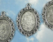 8 Cameo Cabochon Holder Bezel Blanks Silver Fancy Oval 25 x 18mm Photo Setting Pendants - For Resin, Stone or Epoxy  (P737)