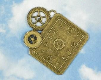 1 Gears & Watch Clock Face Pendant Bronze Steampunk Large Charm (P841)