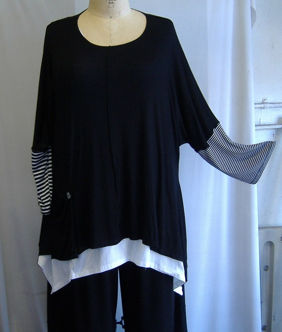 Coco and Juan Lagenlook Plus Size Top Black Knit with Stripe Sleeves Angled Tunic Top One Size Bust  to 60 inches