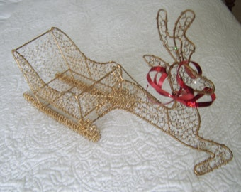 Christmas in July Gold Mesh Wire Basket Sleigh and Raindeer