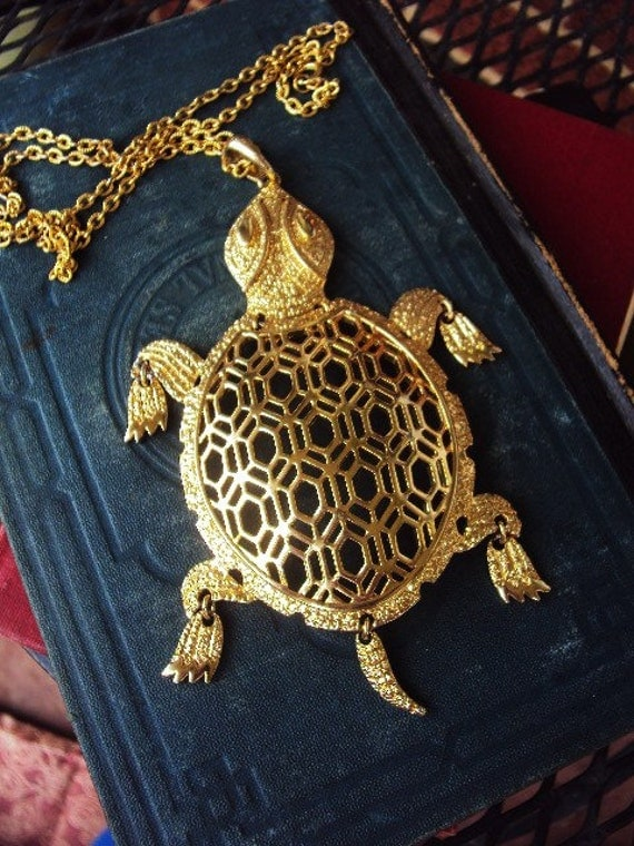 Vintage Articulated Turtle Pendant Long Statement Necklace 60s Mod