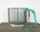 Vintage Foley flour sifter, aluminum, aqua or turquoise handle, 5 cups, manual, kitchen utensil, shabby chic - FunsizeVintage