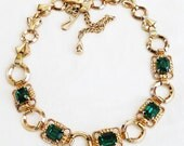 Emerald Green Glass Necklace Retro