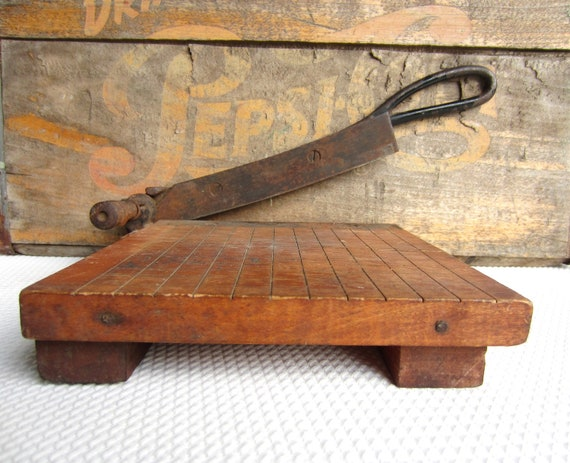 Vintage Small Wood Paper Cutter Mini Paper Trimmer