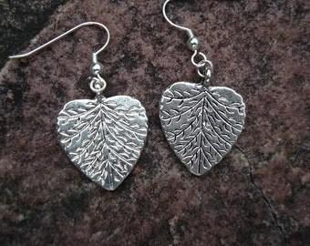 Lovely Leaf Dangle Earrings (C-210)