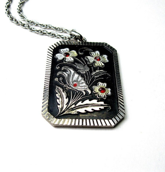 Vintage Black Floral and Chainmaille Necklace