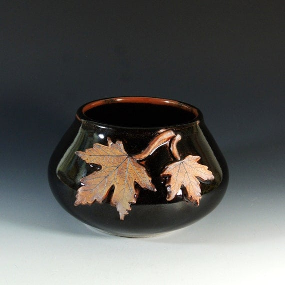 Stoneware Vase with Maple Leaves / Art Vessel / Wheel Thrown Pottery in Stoneware Clay / Fall Leaves / Autumn Decor