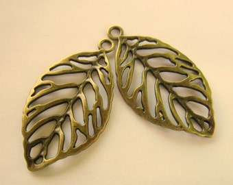 4 Leaf Charms antique bronze leaf pendants no lead no nickel jewelry supplies  49mm x 27mm ABFF (CC3)