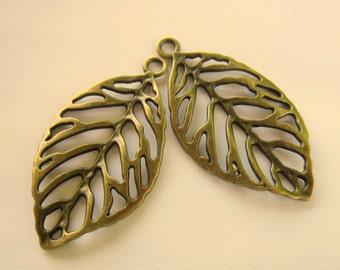 4 Leaf Charms antique bronze leaf pendants no lead no nickel jewelry supplies  49mm x 27mm ABFF (CC3)