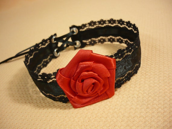 Black Victorian Lace Choker with Big Red Rose, Gothic Necklace with Corset Tie, Wedding Jewelry, Retro Bride, Orient Belly Dance Neck Piece