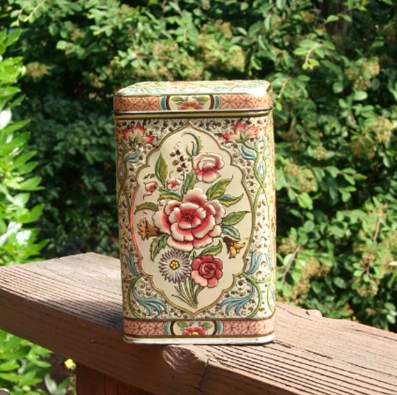 Floral hinged Tin, embossed design, Holland, peach, pink and green