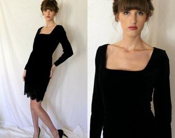 LBD - Romantic Little Black Velvet Dress - Emanuel Ungaro - Chantilly Lace -  Small - Vintage