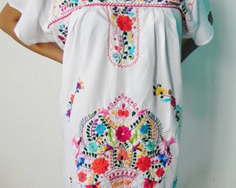 Mexican White Mini Dress Colorful Flowers Embroidered Handmade Elegant Medium
