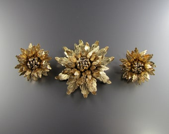 1960's MONET BROOCH EARRING Set