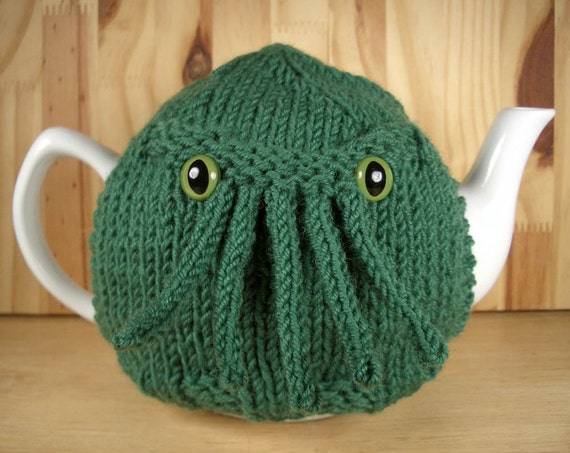 Cthulhu Tea Cosy - a warm and fuzzy sweater for your teapot - You choose color and eyes