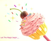 CUPCAKE WAND graet for Halloween cupcake costume and  Katy Perry costume ,first birthday party ,pink icing