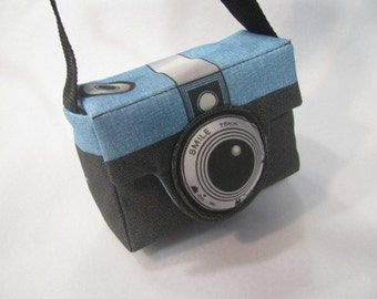 Small Retro Style Camera Bag or Purse