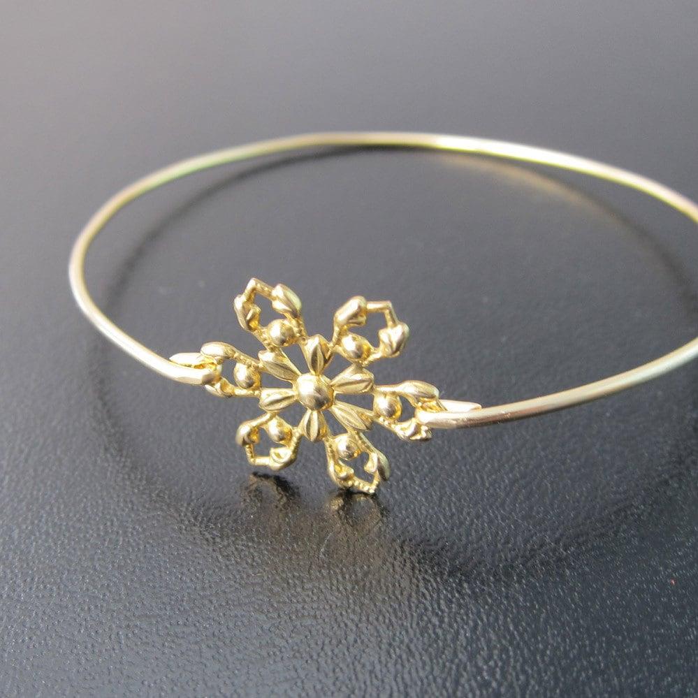 Snowflake Charm Bracelet: Chandeliers & Pendant Lights