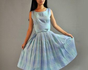 Vintage 50s Dress Sleeveless SUN DRESS / 50s Day Dress / Full Skirt Cotton Day Dress / 1950s Summer Dress / Garden Party Dress Size S
