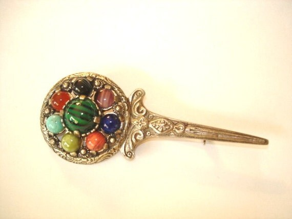 Vintage Jewelry Scottish Signed Miracle Stones Brooch Repousse Silver Tone