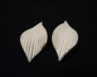 Vintage White Enameled Leaf Clip Earrings