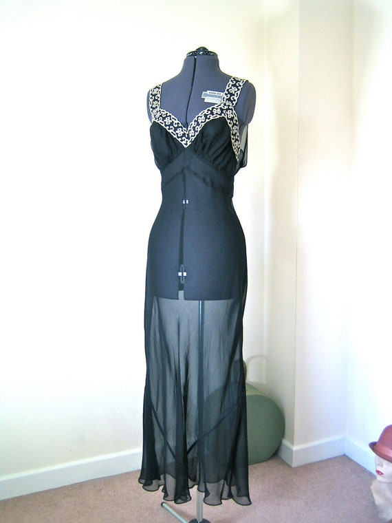 1940s night gown / incredible sheer nightgown in sheer rayon with white lace trim / L-XL