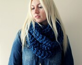 Chunky Infinity Scarf- Chunky Circle Scarf- Infinity Knit Scarf- Hand Knitted- Womens Gift- Oversized Knit Scarf, Blue Infinity Scarf