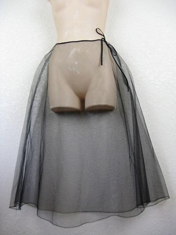 1950's black petticoat. sheer tulle crinoline. small.