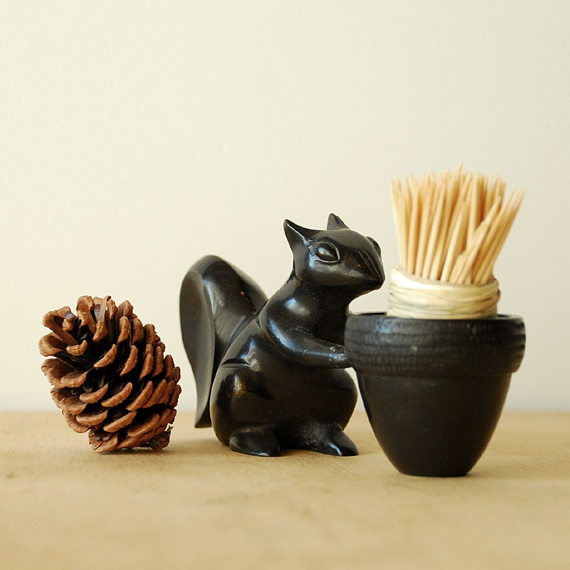 Autumn squirrel toothpick holder with basket cast iron by vint - Toothpick holder for purse ...